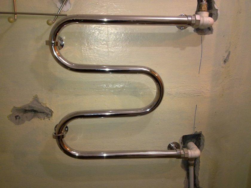 Подключение полотенцесушителя к горячей воде: можно или нет, как правильно установить в ванной квартиры, а также схемы монтажа