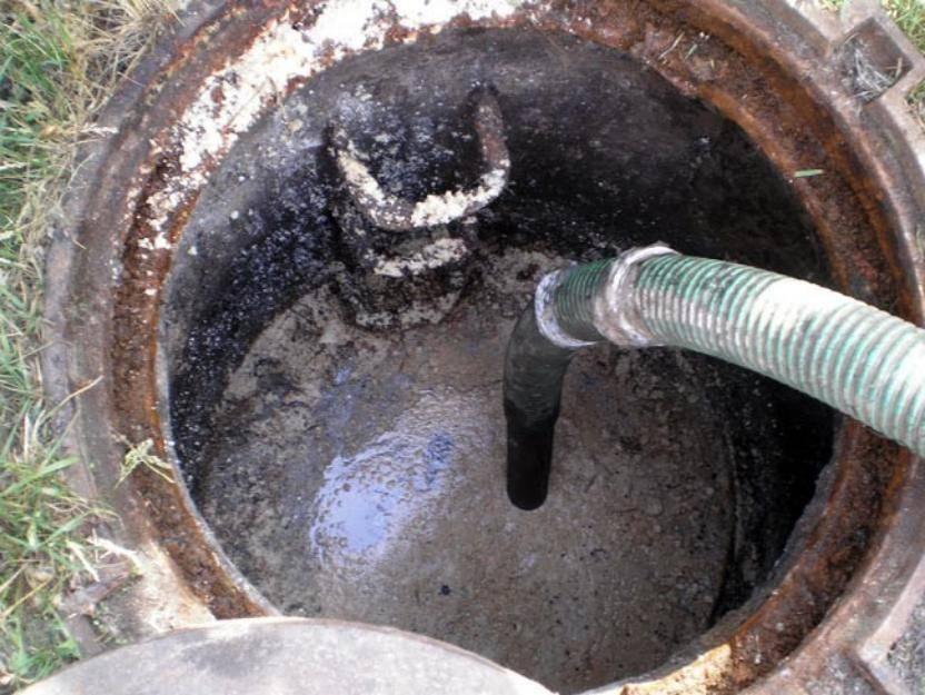 Выгребная яма не впитывает воду причины быстрого наполнения и что делать