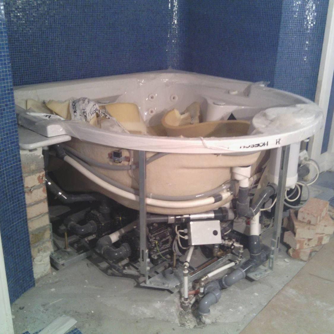 Как выбрать гидромассажную ванну и нужен ли гидромассаж