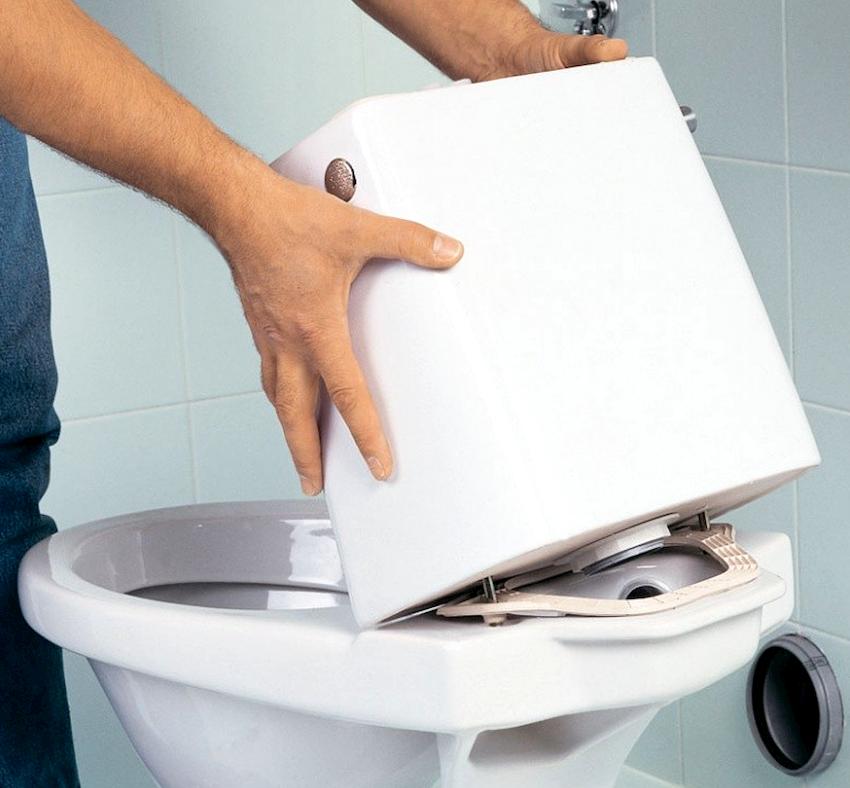 Треснул бачок унитаза: чем заклеить в домашних условиях, средства и инструкция