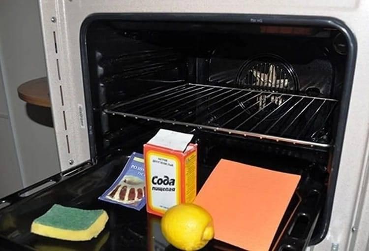 5 способов, как отмыть духовку от жира и нагара