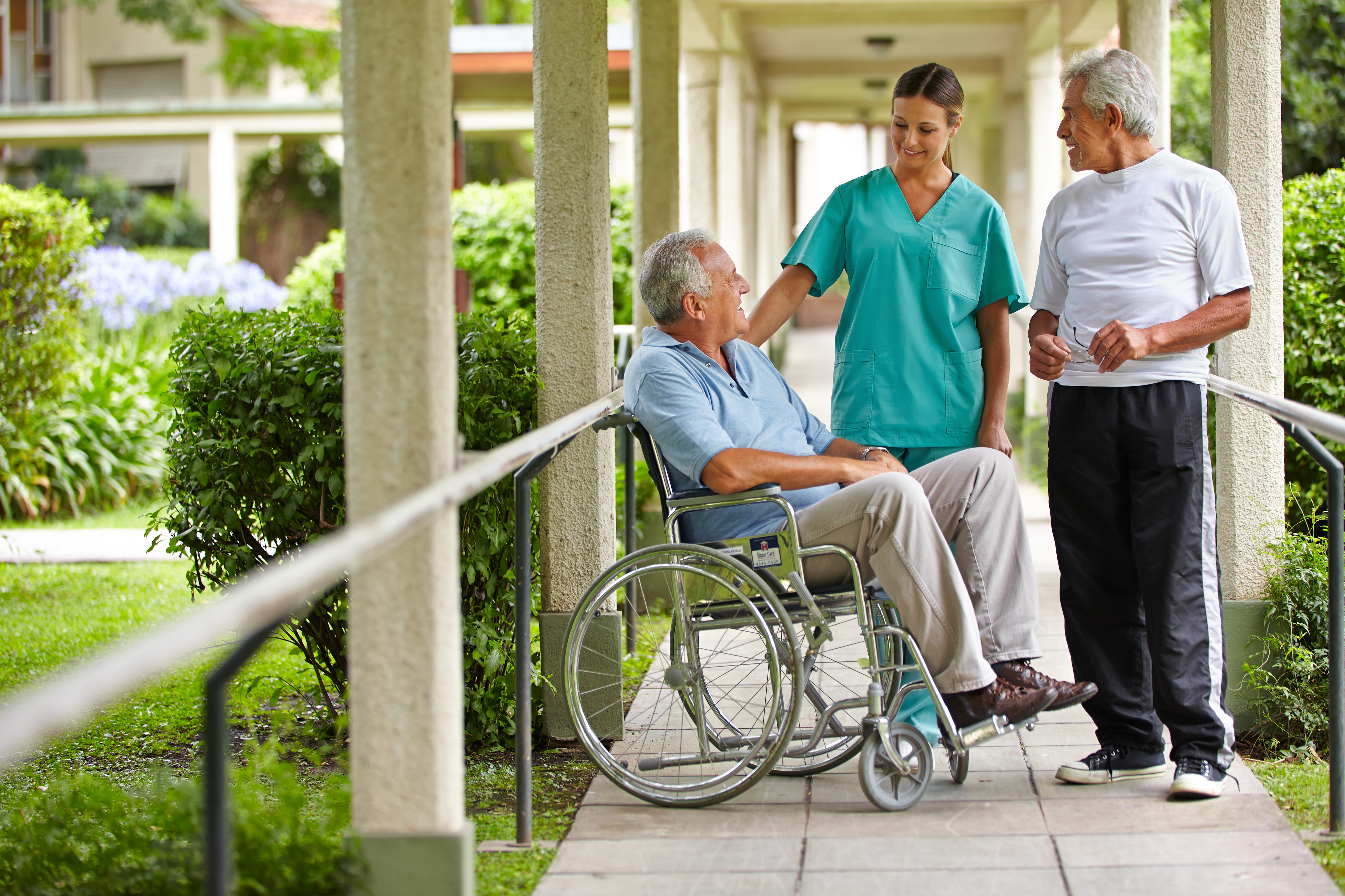Оформление человека в дом-интернат для престарелых – что говорит закон?