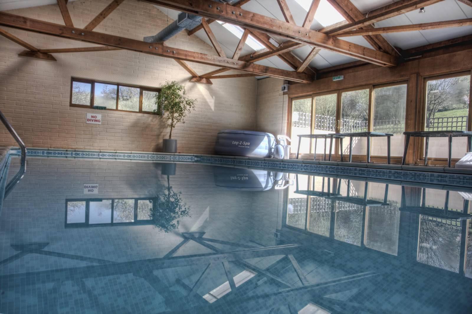 Расчёт вентиляции бассейна: оптимальные значения микроклимата, особенности проектирования