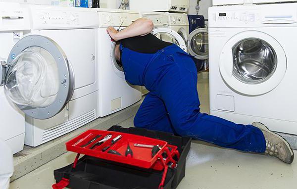 Стиральная машина не набирает воду: причины поломок и их устранение