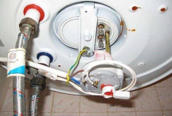 Ремонт водонагревателей ariston: как разобрать бойлер объемом 100 литров своими руками, нагреватель потек снизу