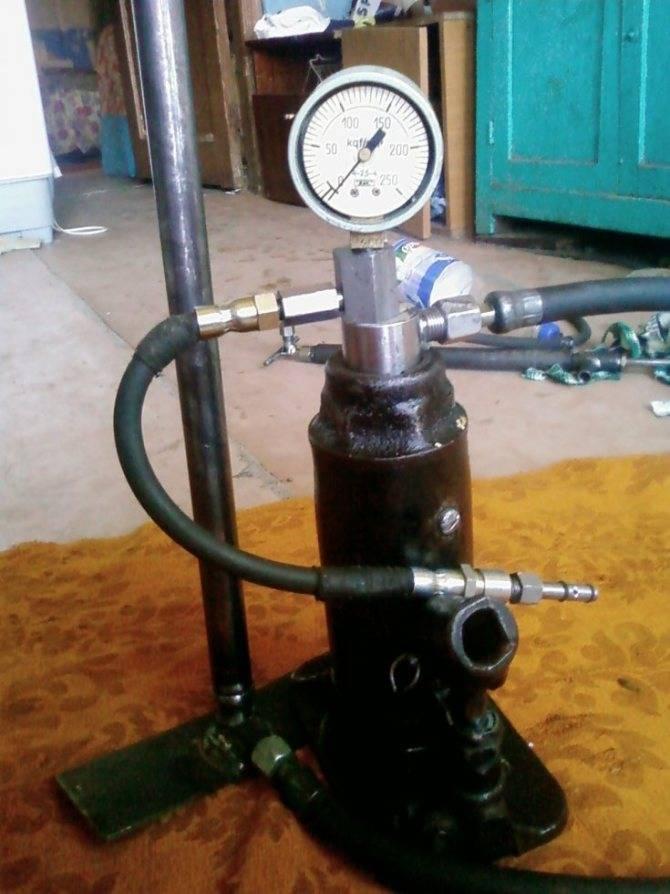 Как сделать ручной насос для воды на дачу своими руками?