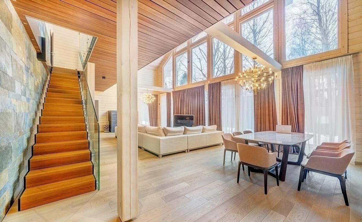 Гостиная со вторым светом - фото возможных дизайнерских решений