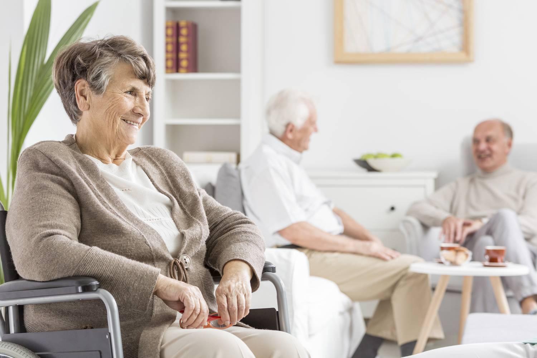 Плюсы и минусы домов престарелых - преимущества и недостатки