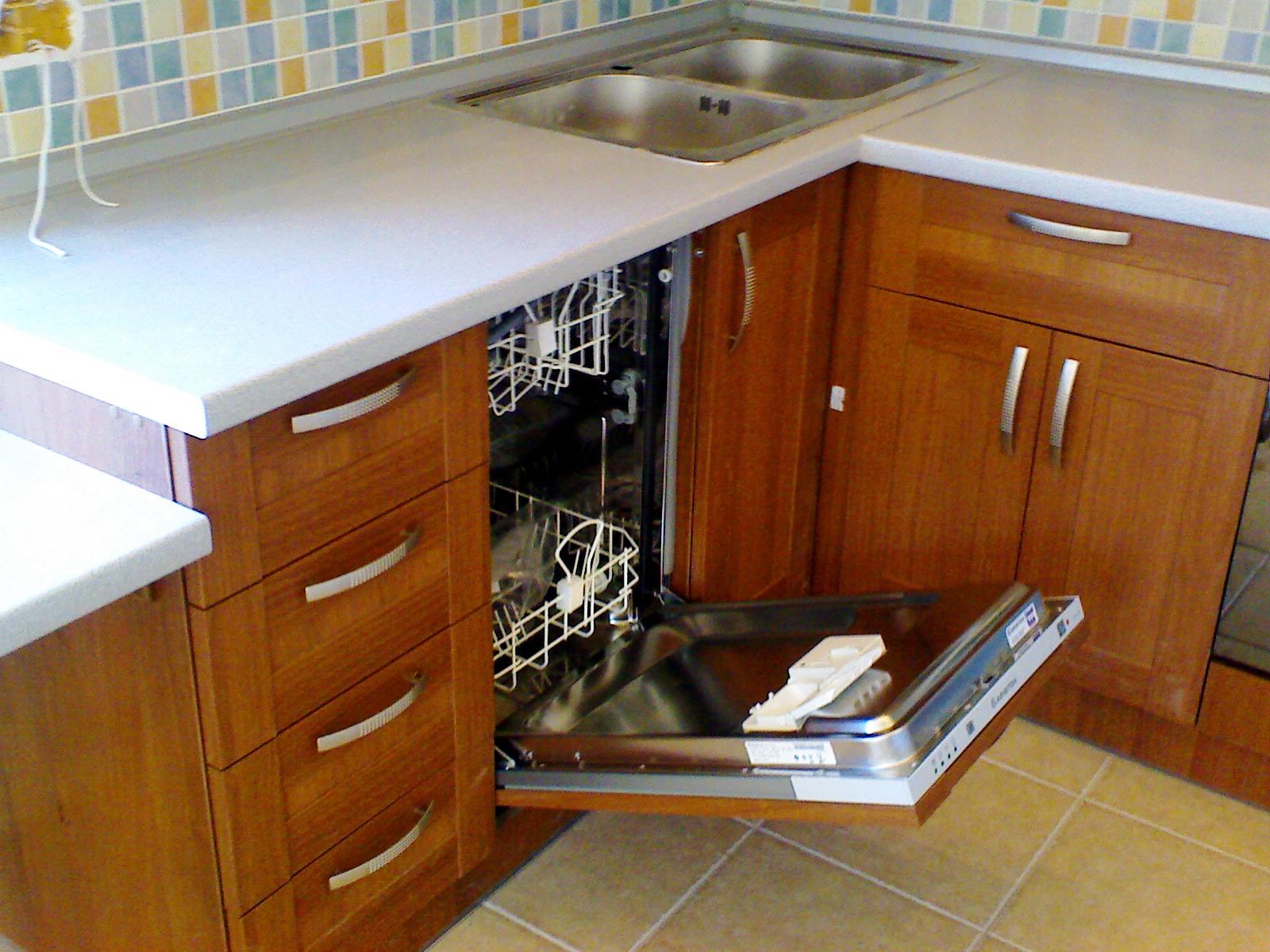 Можно ли встраиваемую посудомоечную машину поставить отдельно