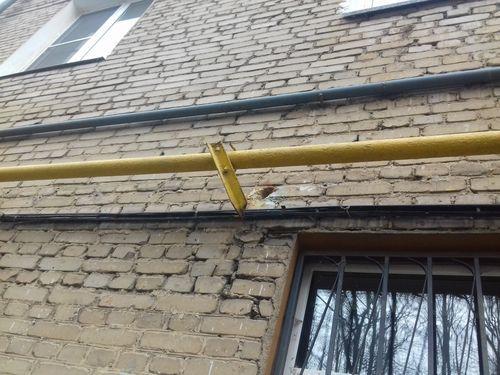 Чем покрасить газовую трубу в квартире