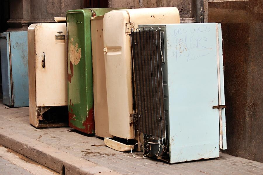 Утилизация холодильников и их компрессоров, куда деть старый хлам