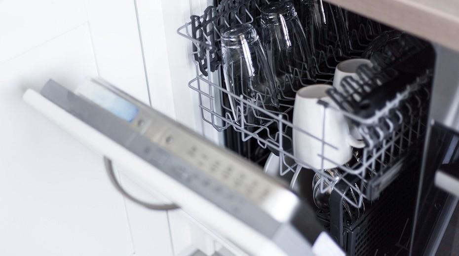 Топ 10 средств, чем и как в домашних условиях почистить посудомоечную машину