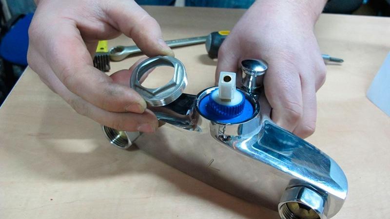 Замена картриджа в смесителе как поменять элемент в кране, как заменить своими руками, ремонт продукции blanco daras