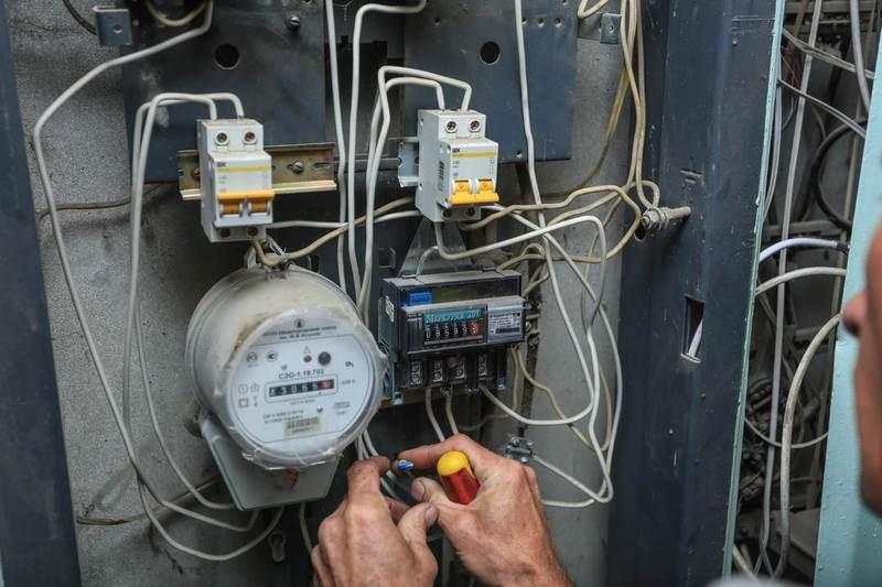 Порядок замены электросчетчика в частном доме и особенности установки