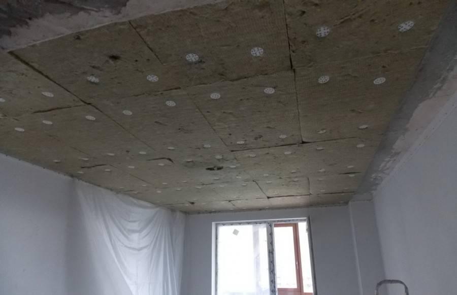 Особенности шумоизоляции для натяжных потолков в квартире