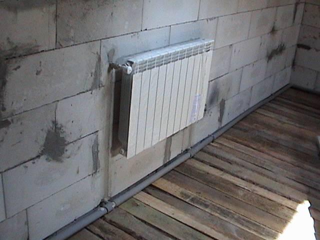 Правила установки батарей отопления в квартире