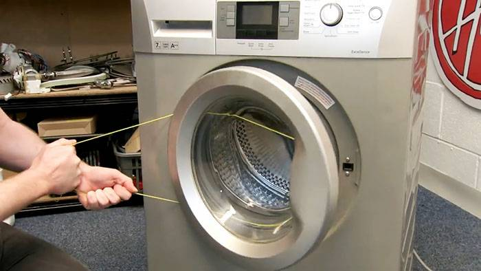 Как открыть стиральную машинку indesit? как разблокировать дверь после и во время стирки? как экстренно отключить замок?