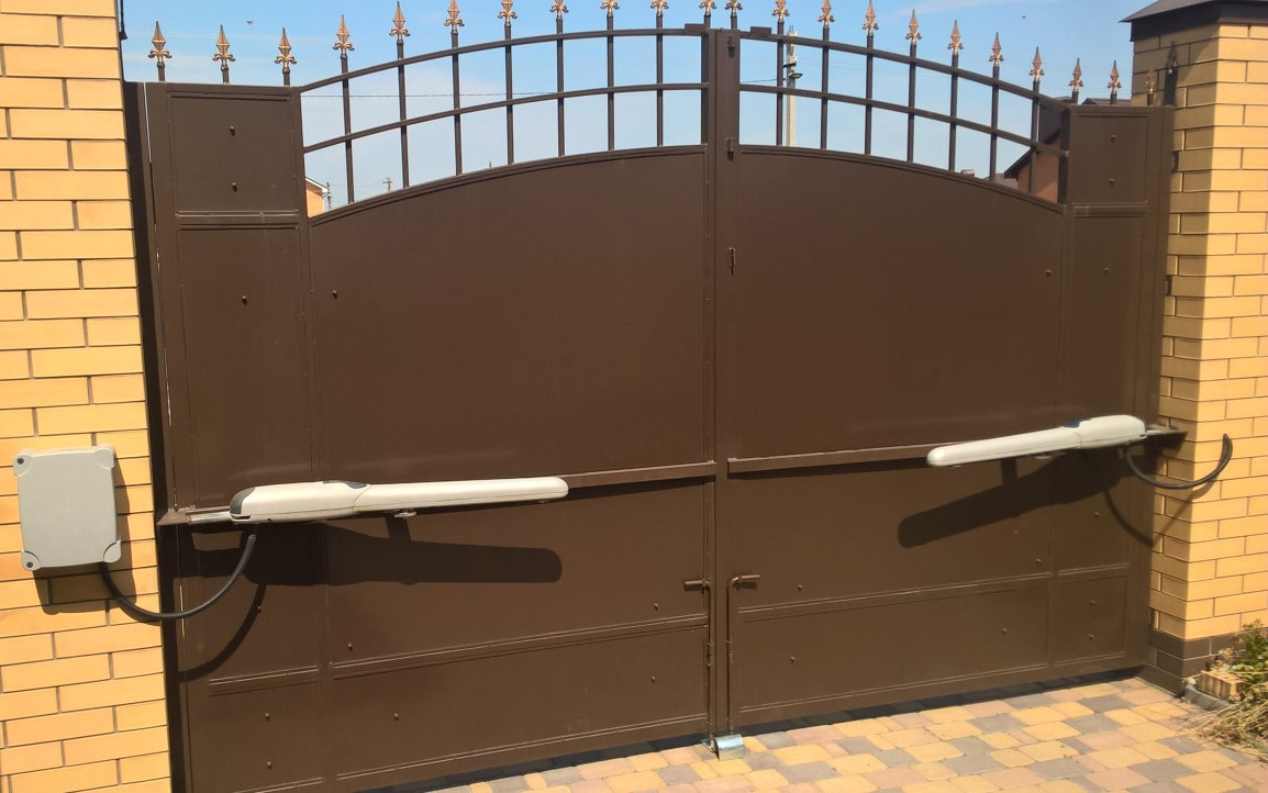 Тонкости процесса установки ворот