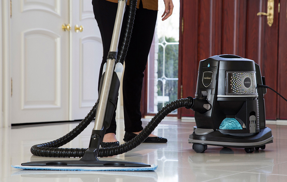 Вертикальные моющие пылесосы: топ-7 лучших моделей и рекомендации потенциальным покупателям
