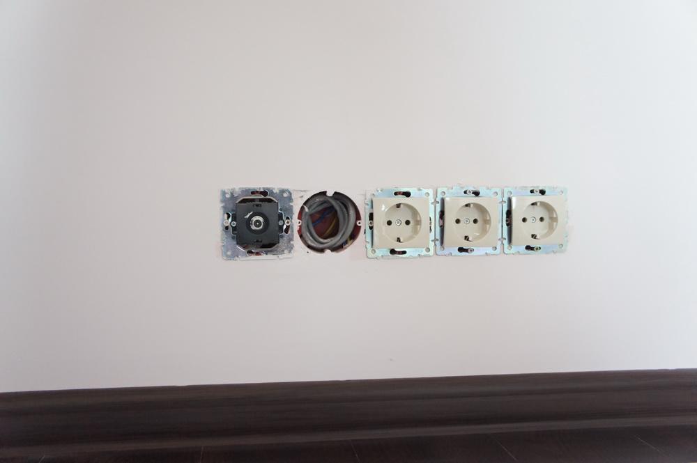 Установка розеток в квартире: миниколонны, шаблон, схема и этапы монтажа
