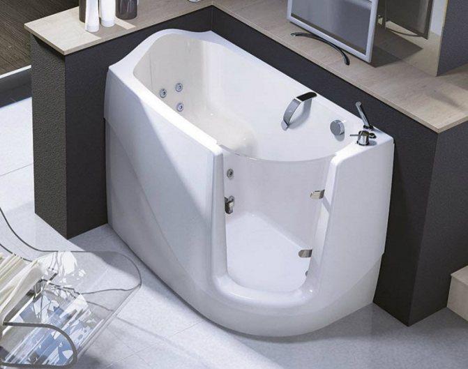 Сидячая ванна: для маленьких ванных комнат размер, фото и длина душа, чугунные и акриловые компактная сидячая ванна: 5 вариантов установки – дизайн интерьера и ремонт квартиры своими руками