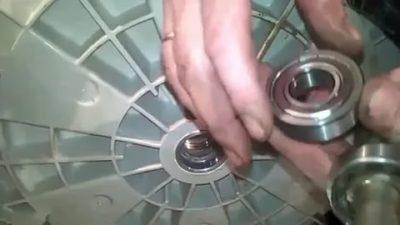 Замена подшипника в стиральной машине – пошаговая инструкция и нюансы выполнения работ на моделях разных брендов