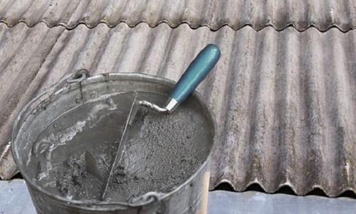 Чем заделать трещину на шифере и как правильно произвести ремонт шиферной крыши