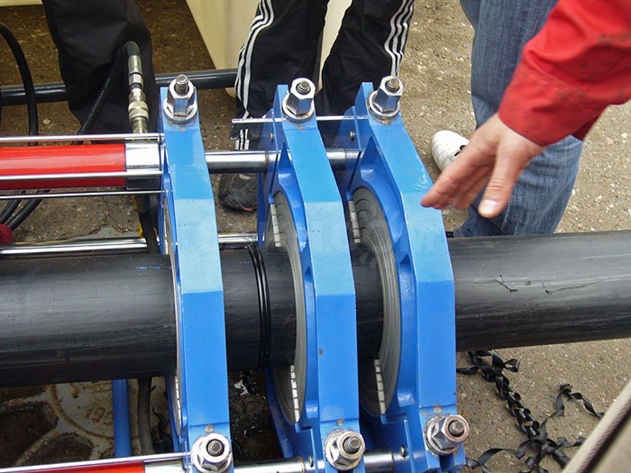 Сварка неповоротных и поворотных стыков труб: соединение газовых коммуникаций