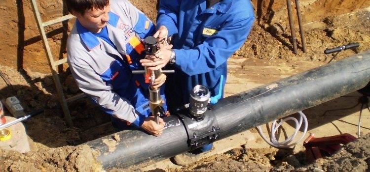 Подключение к водопроводу: врезка под давлением в водопроводную трубу и задвижки