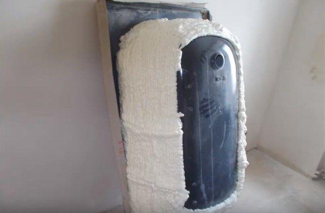 Какие материалы используются для звукоизоляции ванной комнаты для полов, стен и стояка, и как сделать монтаж влагостойких материалов самостоятельно?