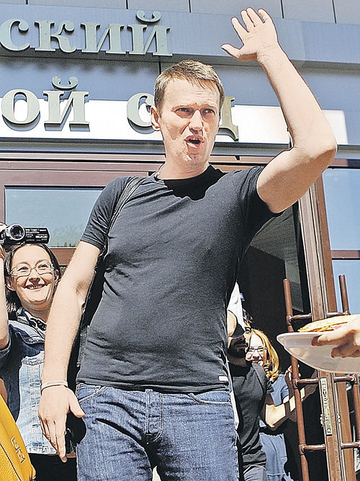 Алексей навальный: биография, личная жизнь, жена и дети, фото