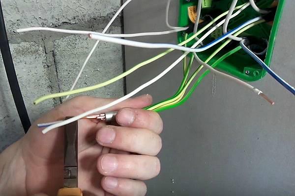 Соединение проводов: способы, инструменты, как сделать самому