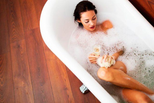 Можно ли беременным принимать ванну? по какой причине ванна во время беременности не рекомендована? :: syl.ru
