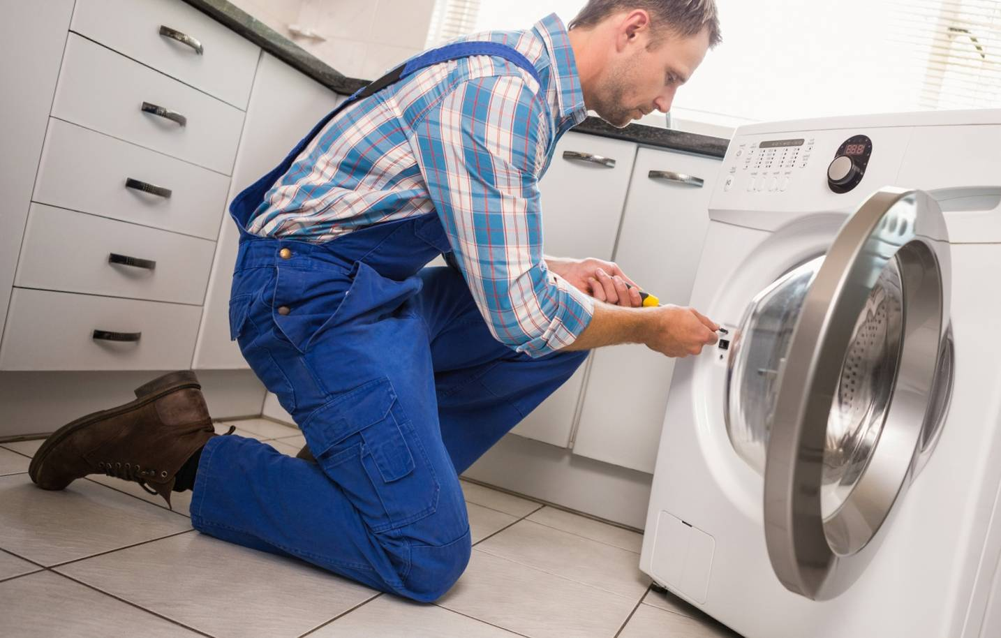 Не включается стиральная машина lg: неисправности и способы их устранения
