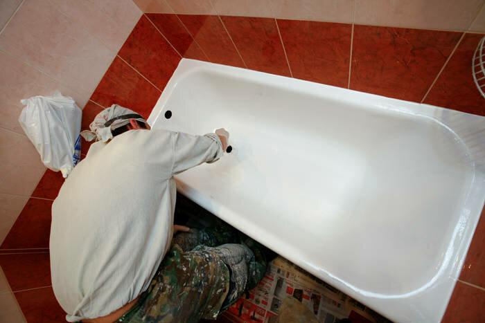 Реставрация ванны жидким акрилом своими руками: выбор покрытия и правила работ (+ видео)