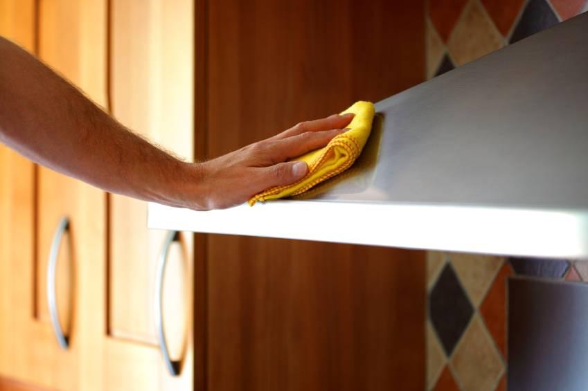 Как помыть вытяжку на кухне от жира: как чистить корпус, решётку, фильтры с применением разных средств.