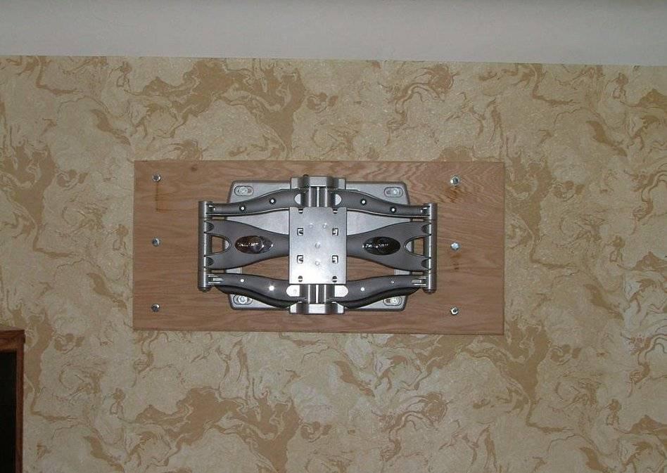 Крепление для телевизора своими руками: проектирование и постройка настенного кронштейна (95 фото и видео)