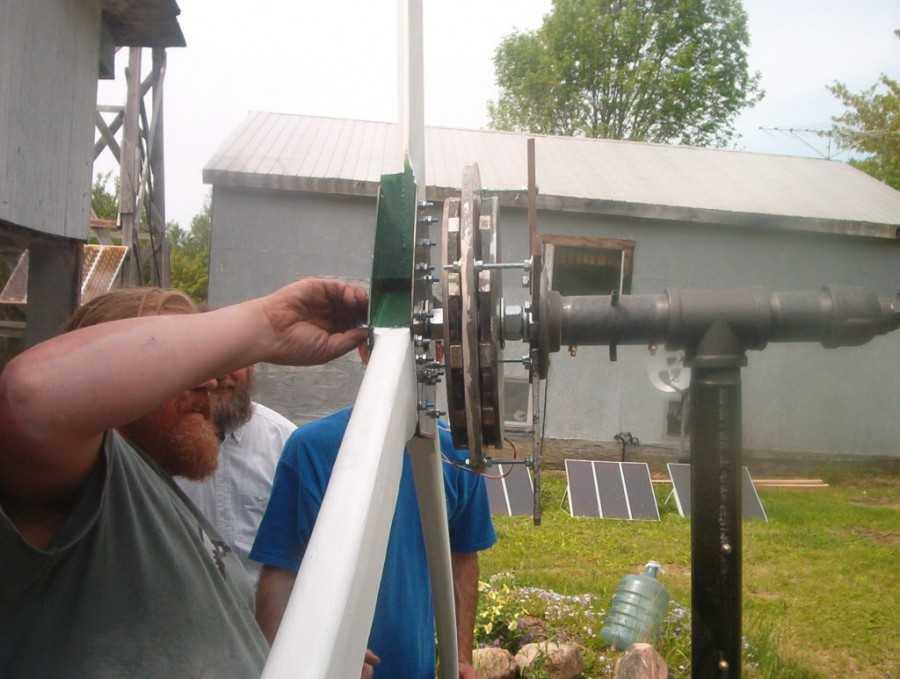 Как собрать ветрогенератор своими рукам из автомобильного генератора