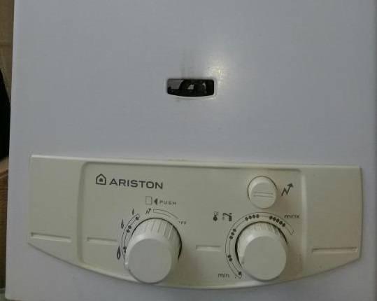 Схема подключения газовой колонки аристон. как зажечь газовую колонку ariston: особенности включения и техника безопасности при использовании. коды ошибок колонок аристон