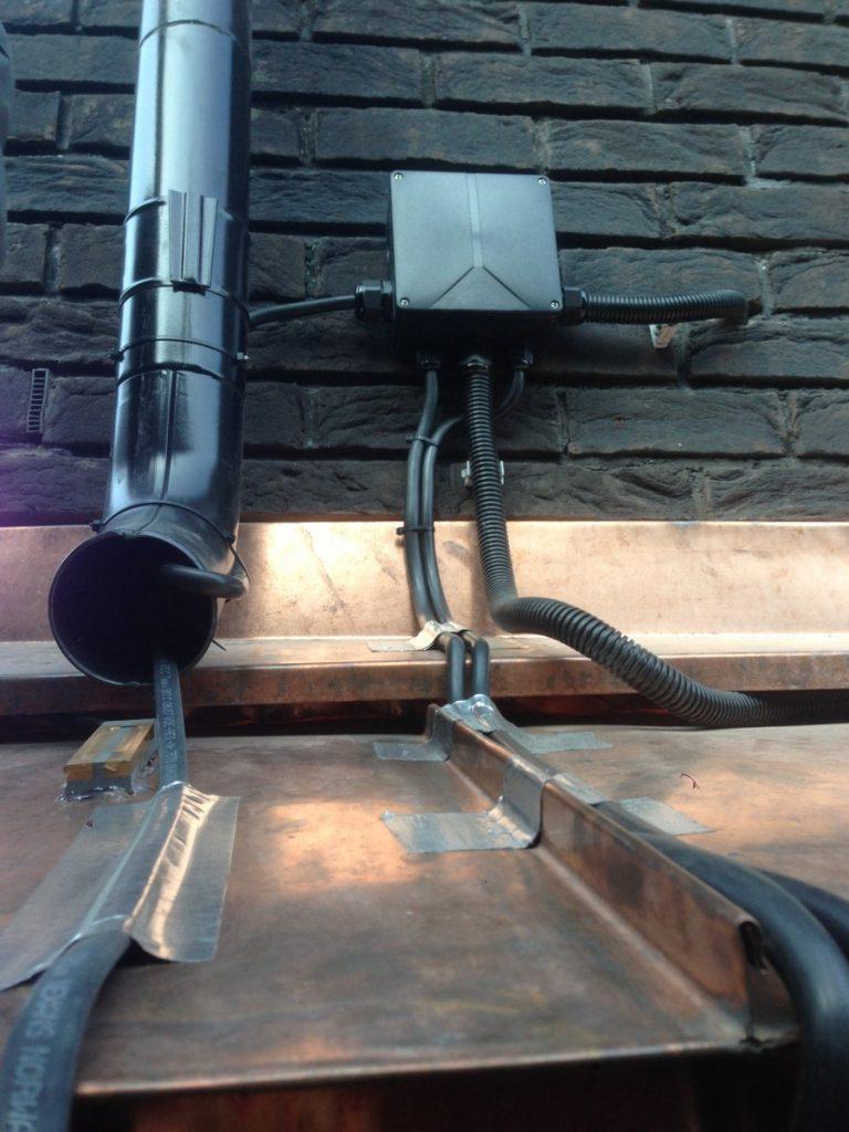 Обогрев водостока: устройство и монтаж системы   строй советы