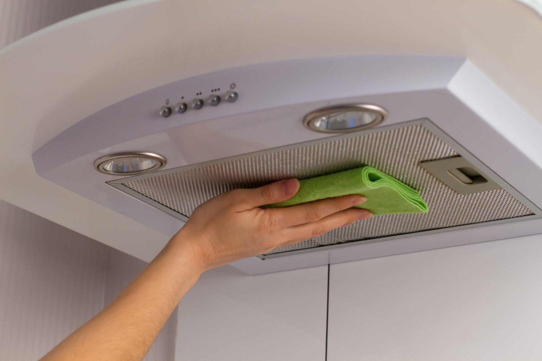 Как почистить фильтр вытяжки в домашних условиях
