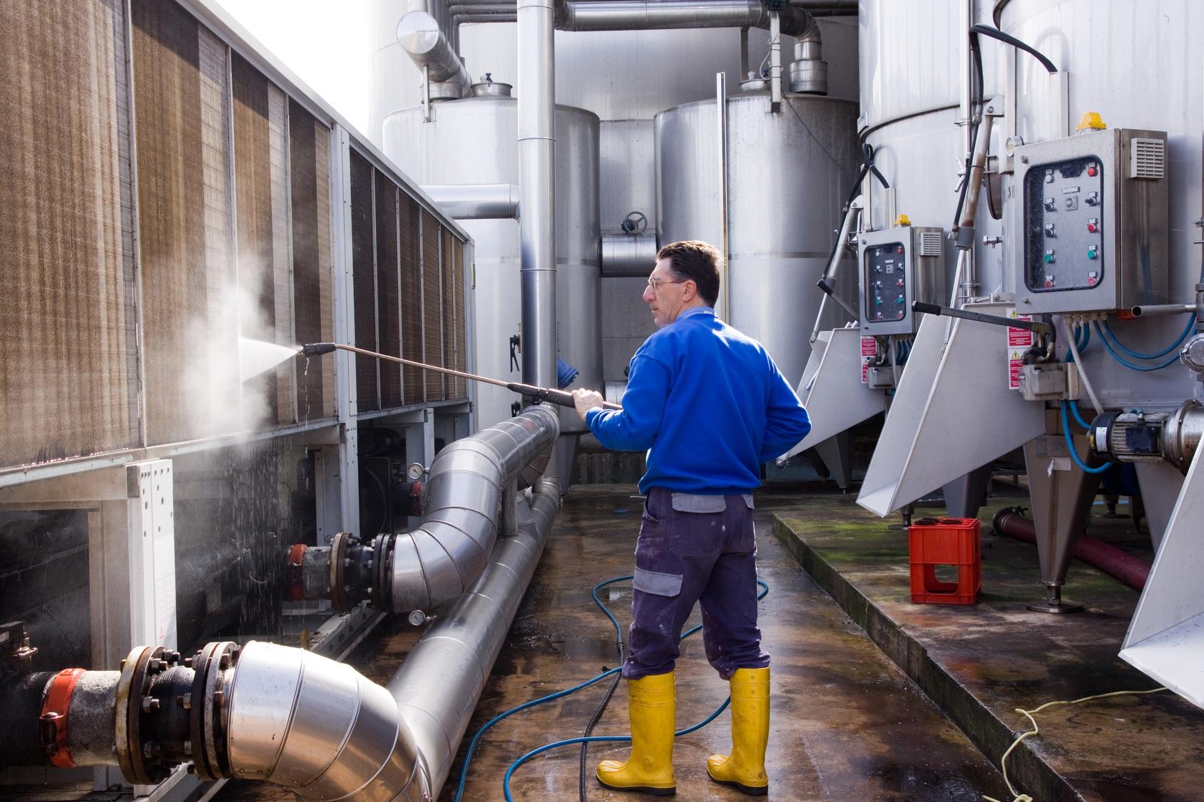 Дезинфекция вентиляции и оборудование для чистки воздуховодов
