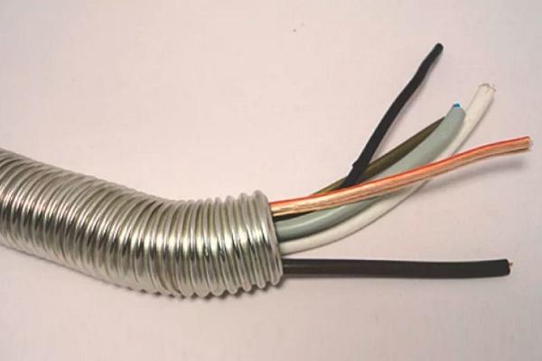 Термостойкая гофра для электропроводки: выбор негорючих гофрированных труб из металла и пластика