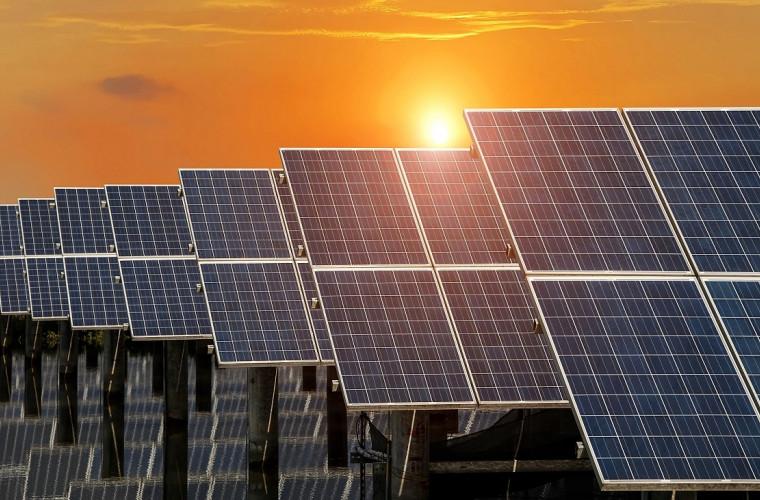 Кпд солнечных батарей.