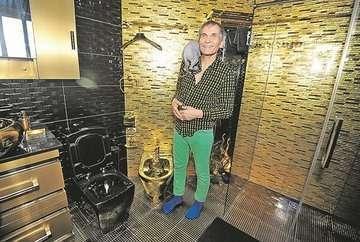Бари алибасов сдает свою безумную квартиру. кому золотые унитазы за полмиллиона в месяц?