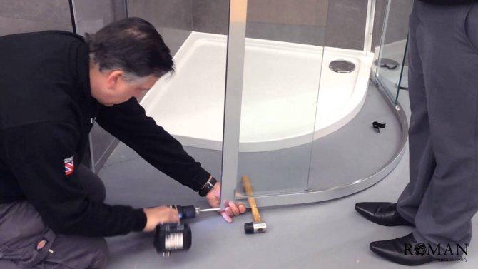 Ремонт поддона душевой кабины - виды поломок и способы их устранения