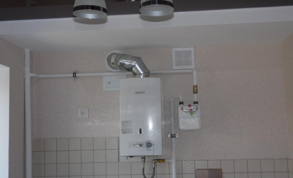 Установка газовой колонки в квартире своими руками - как правильно все сделать