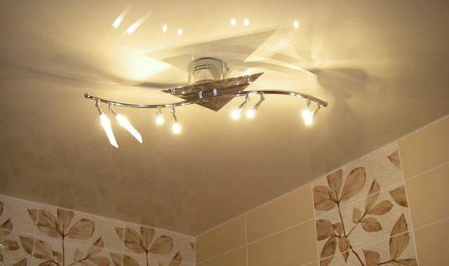 Светильники точечные в ванную комнату - виды, выбор и монтаж!