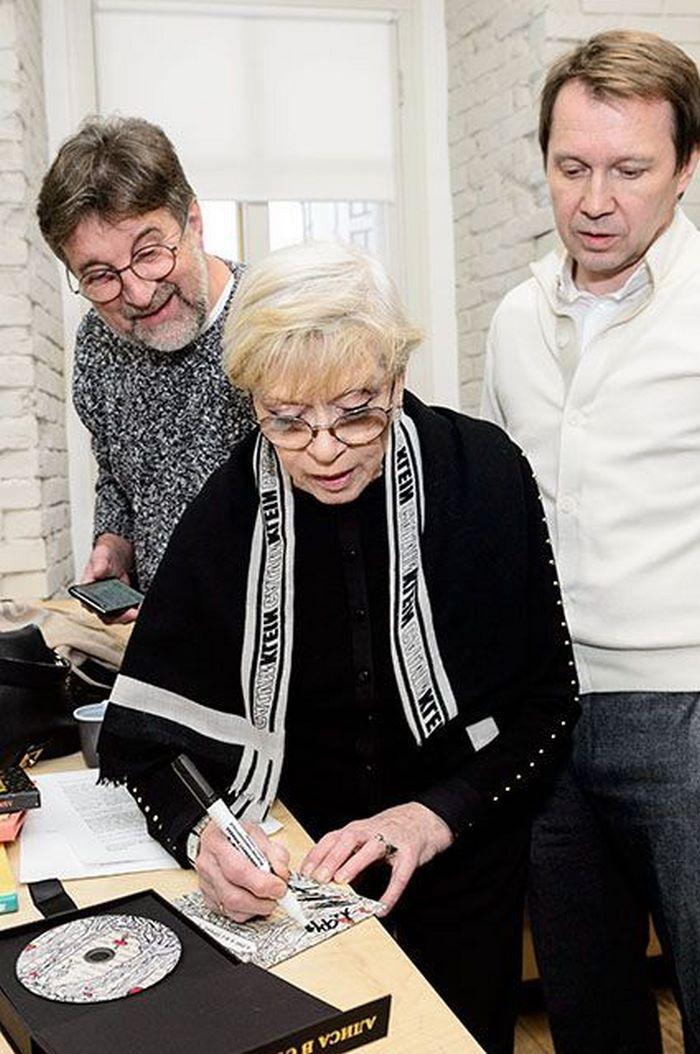 Алиса фрейндлих: биография, личная жизнь, семья, муж, дети — фото