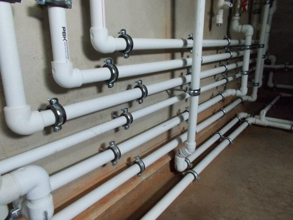 Выясняем, какие трубы лучше для отопления: металлопластик или полипропилен